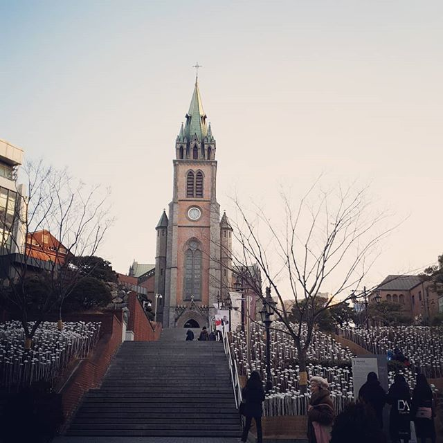 A church in #seoul. #religion #architecture #seoulkorea #seoultrip #travel #Korea
