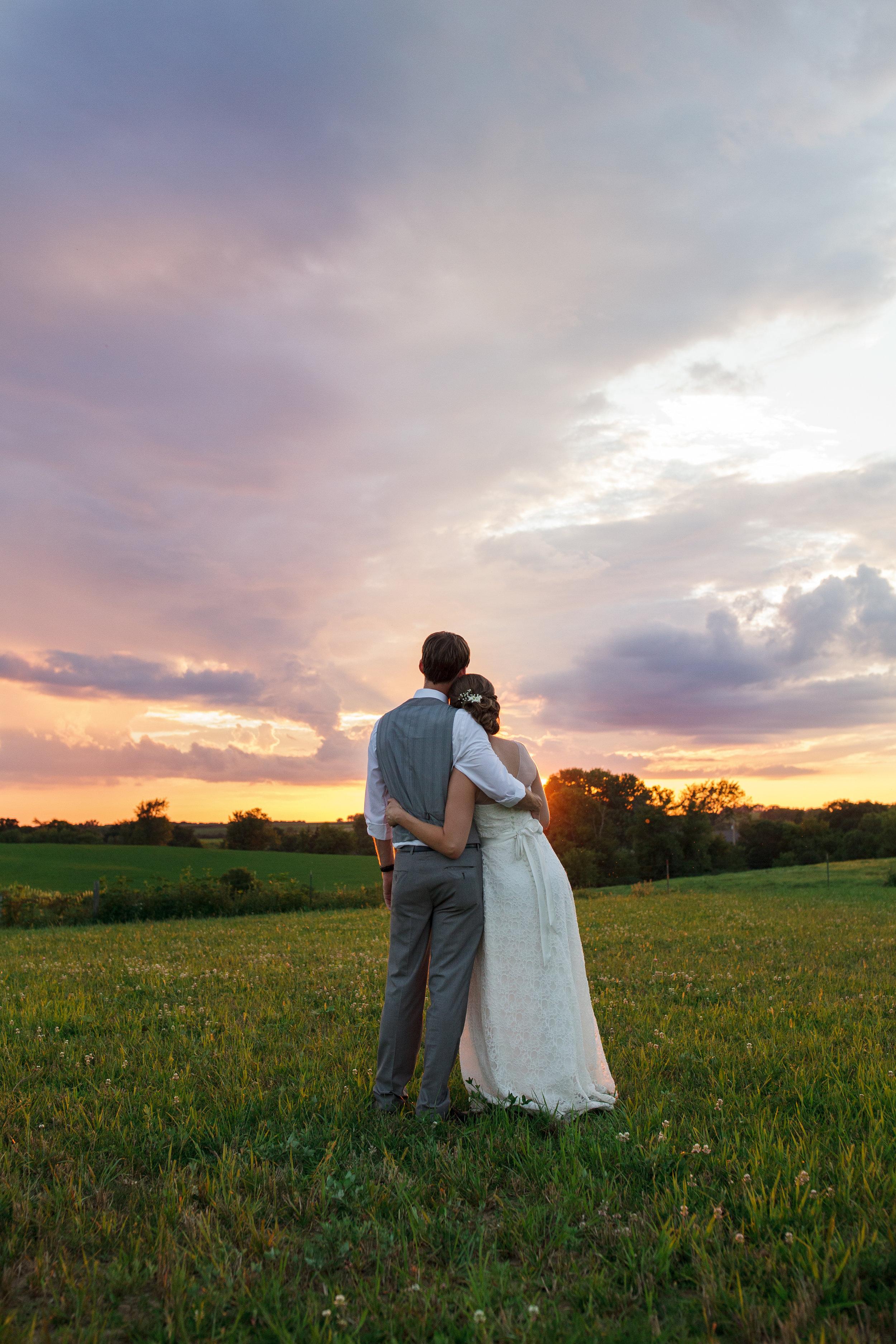 Rochester MN Farm Wedding Photographer.jpg