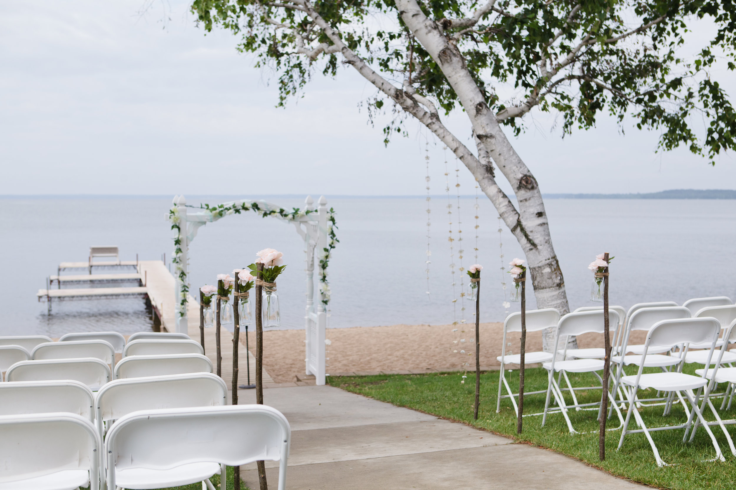 Clean, simple pathway for the bride.