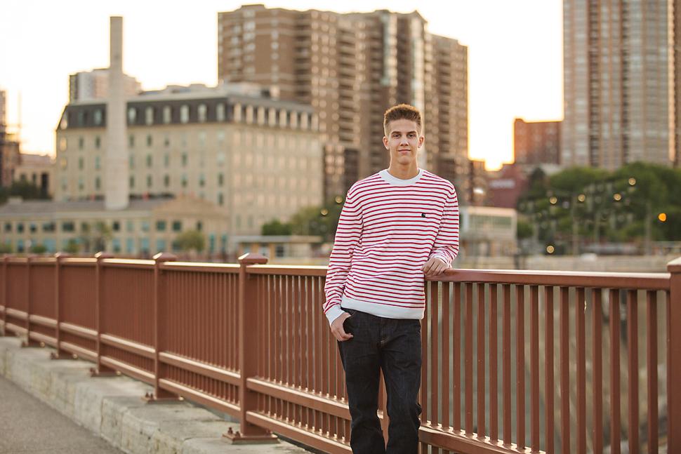 Senior_Pictures_Minneapolis_Photographer_03.jpg