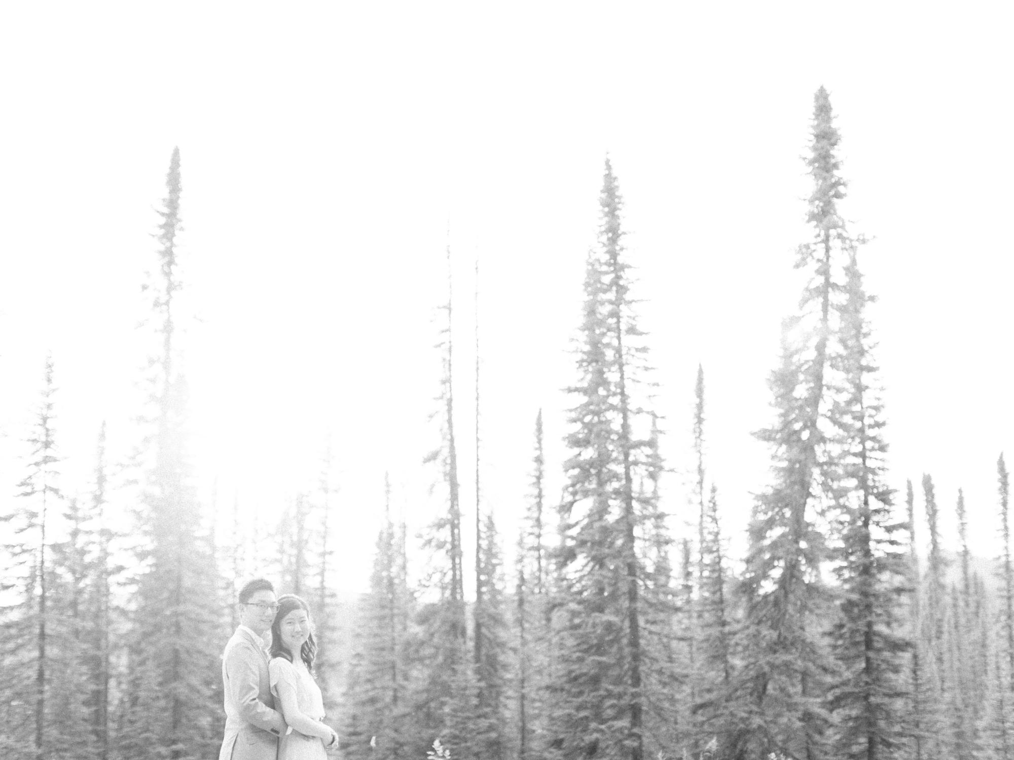 Calgary-Engagement-Photograher-Kananaskis-Country-15.jpg