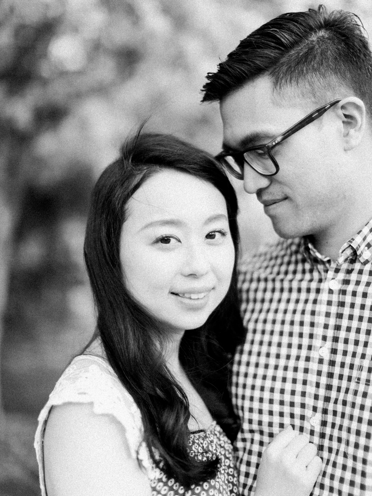 Calgary-wedding Photography-spring-engagement-cherry-tree-6.jpg