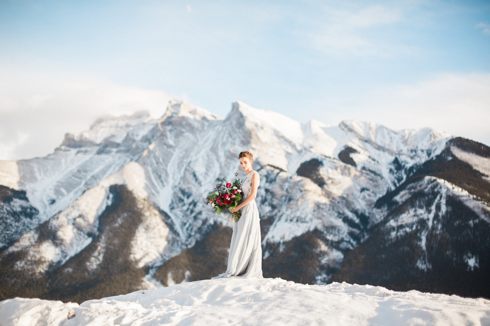 Calgary-wedding-photography-lake-minnewanka-6.jpg