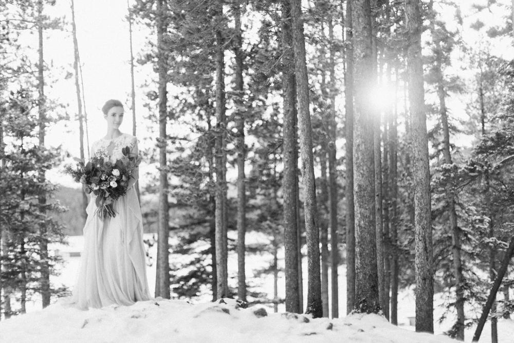 Calgary-wedding-photography-lake-minnewanka-13.jpg
