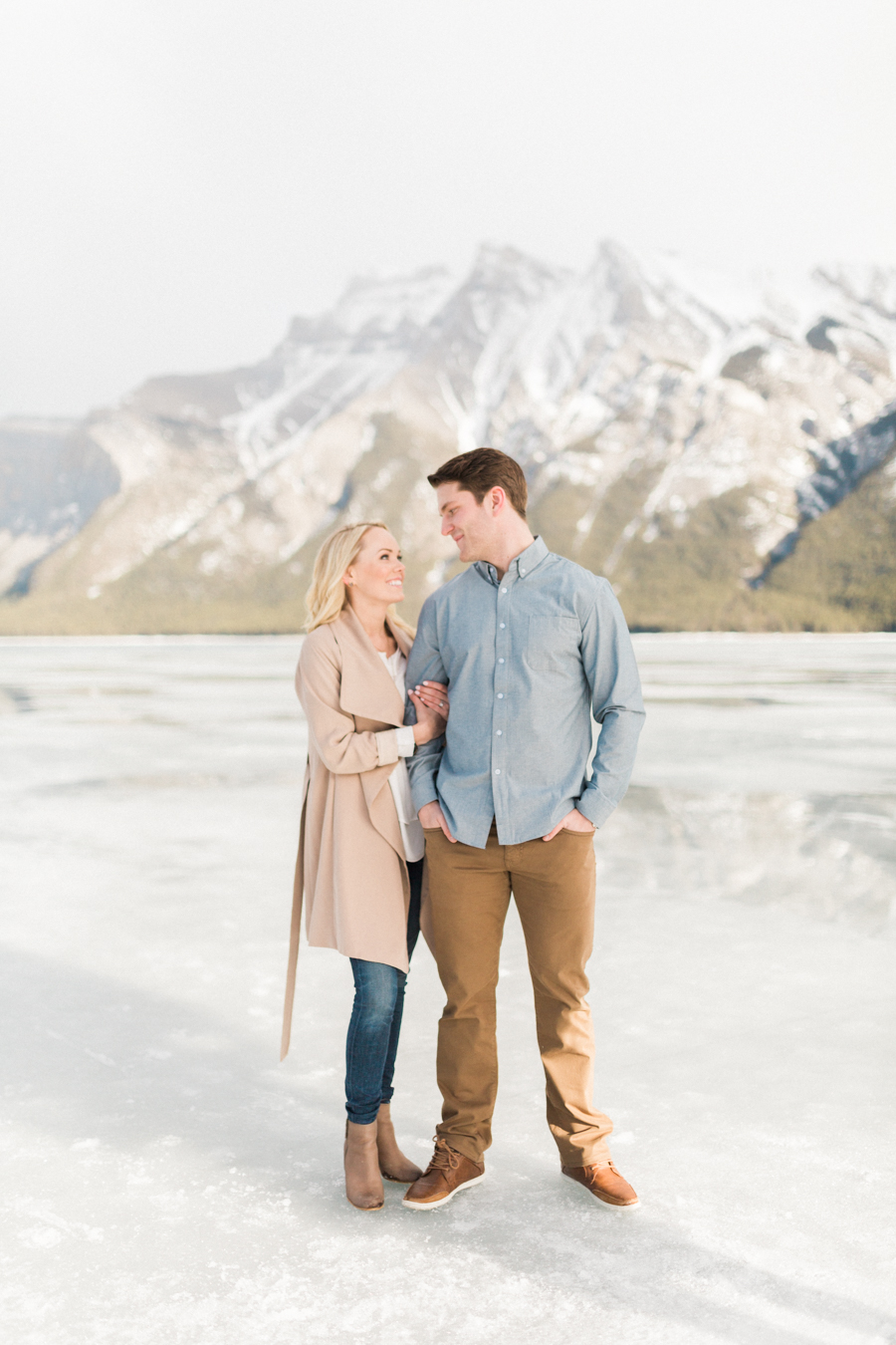 Lake-Minnewanka-engagement-photos-20.jpg