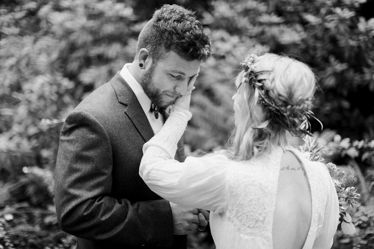 Matt-and-Chelsey-Nelson-wedding-23.jpg