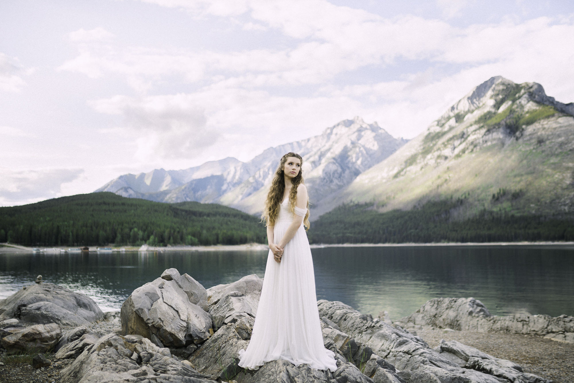 Lake-minnewanka-banff-joyfoley.jpg