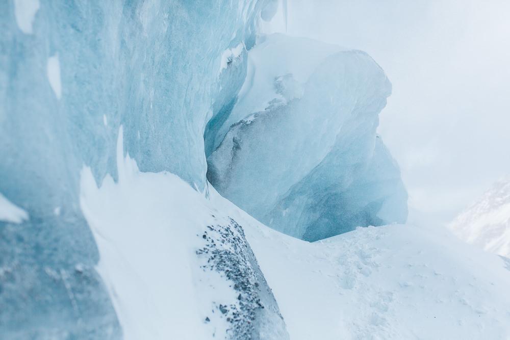 Jasper-engagment-session-glacier-1-2.jpg