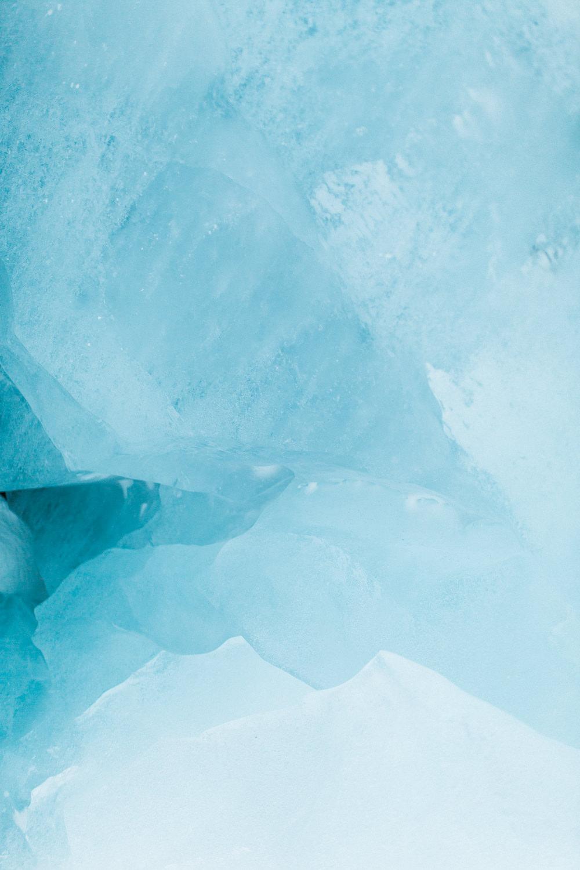 Jasper-engagment-session-glacier-12.jpg