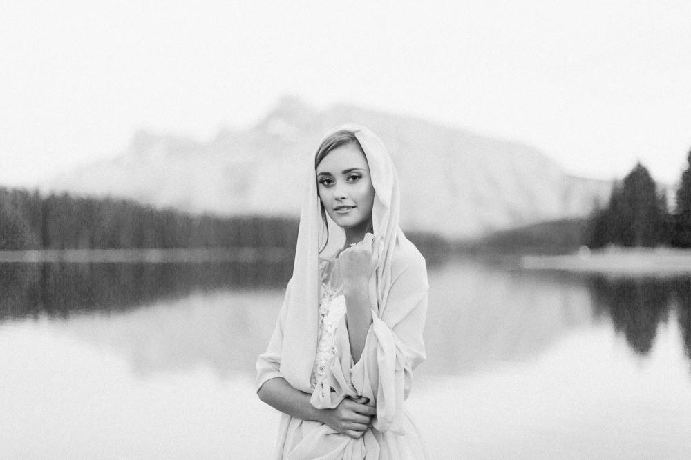 Banff-wedding-photography-two-jack-lake-65.jpg