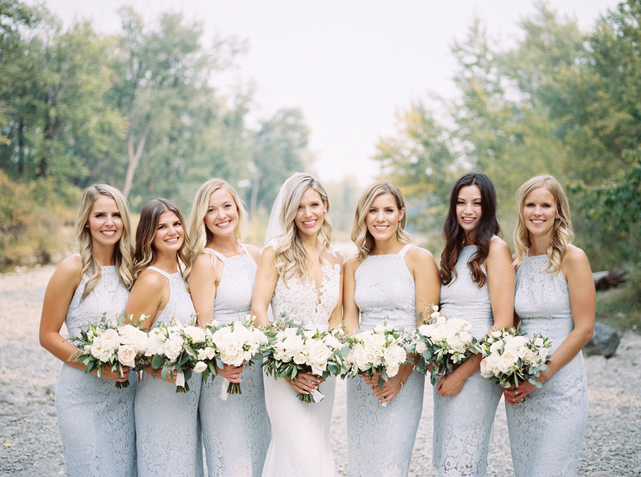 The-Lake-House-fall-wedding-Calgary-bridal-party-1.jpg