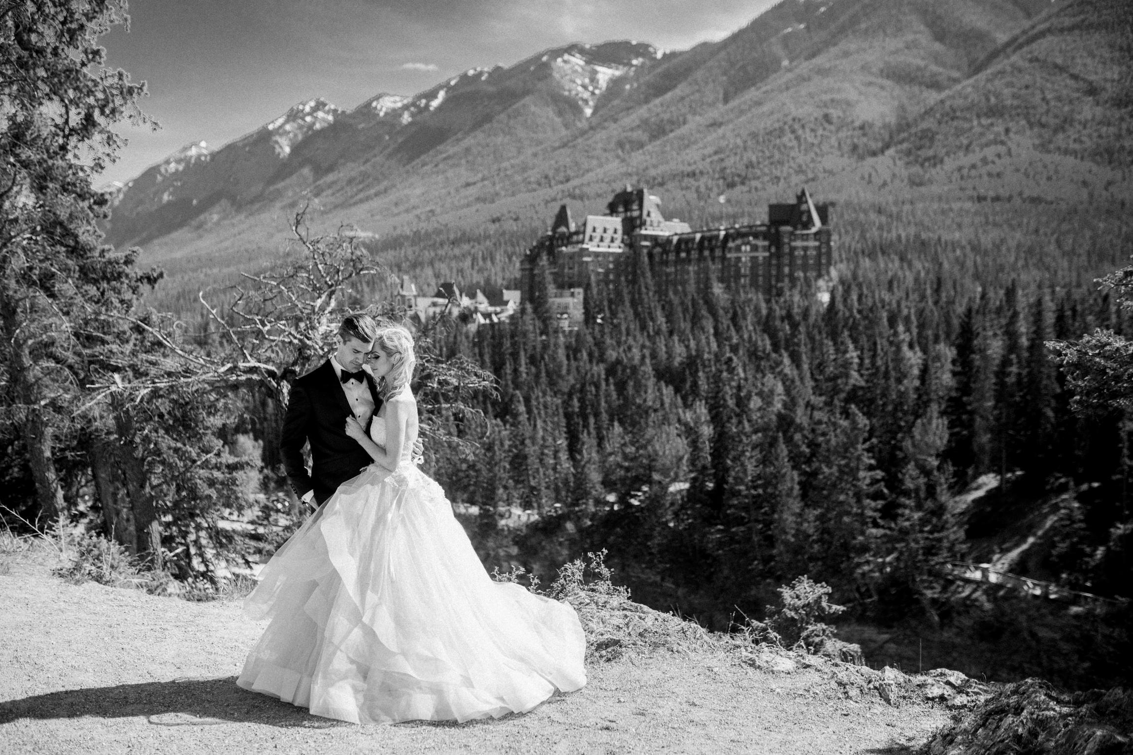 Banff-Springs-Surprise-corner-wedding-1.jpg