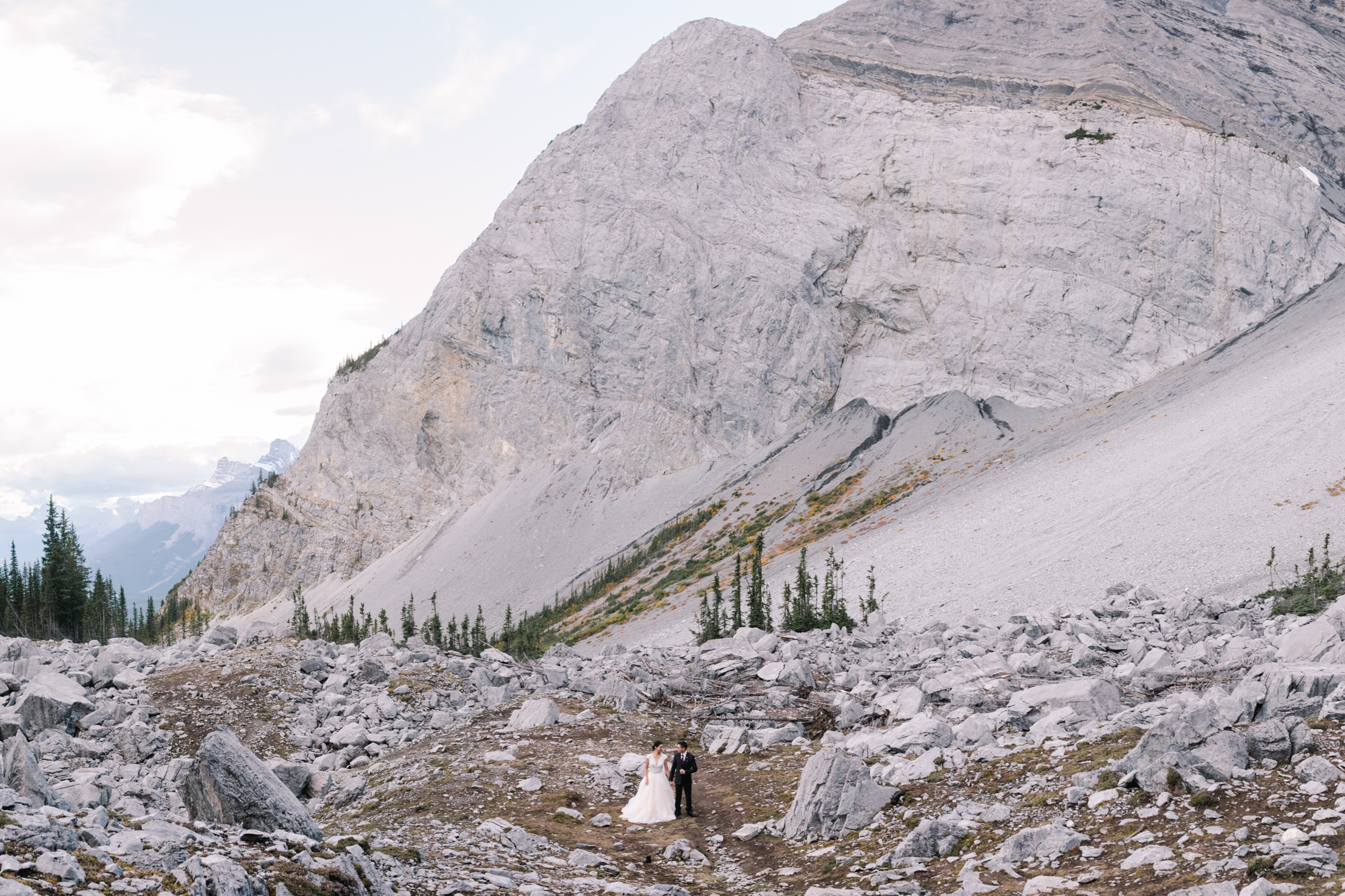 Banff-wedding-photography-mountain-wedding-1.jpg