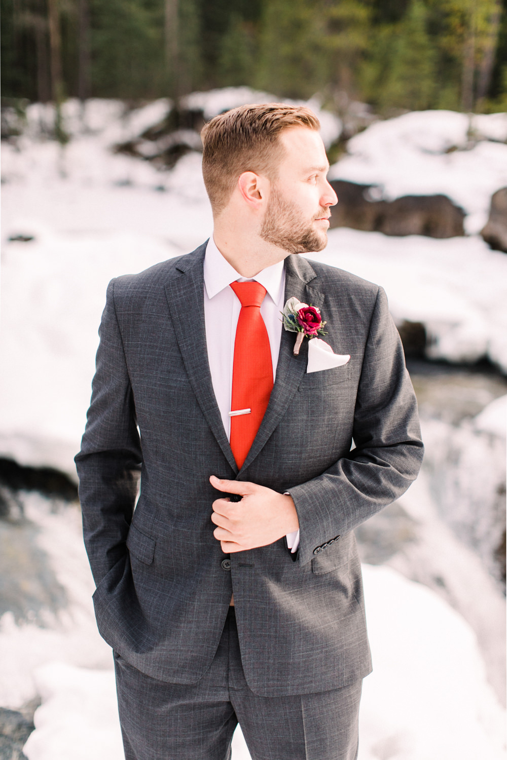 Matt-and-Jennas-Emerald-Lake-winter-wedding-28.jpg