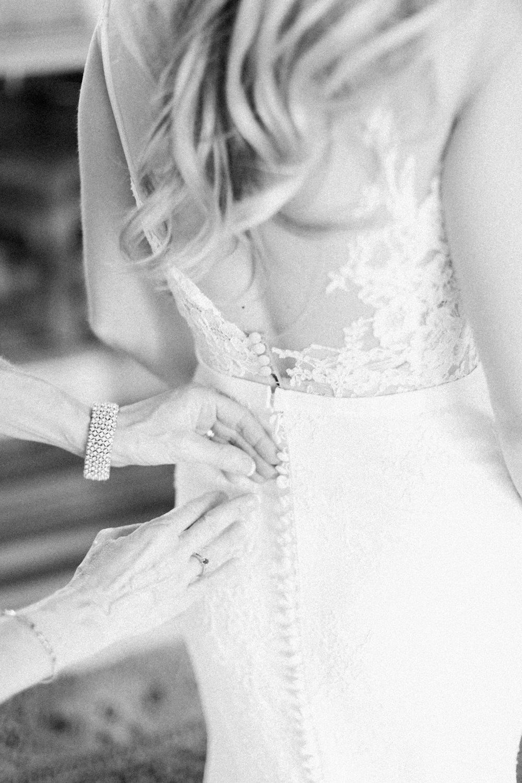 Breatt-and-Katies-romantic-Lake-house-wedding-Calgary-11.jpg