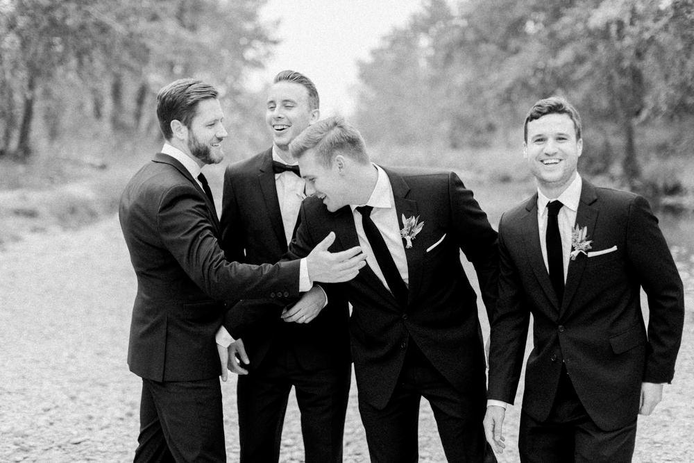 Breatt-and-Katies-romantic-Lake-house-wedding-Calgary-23.jpg