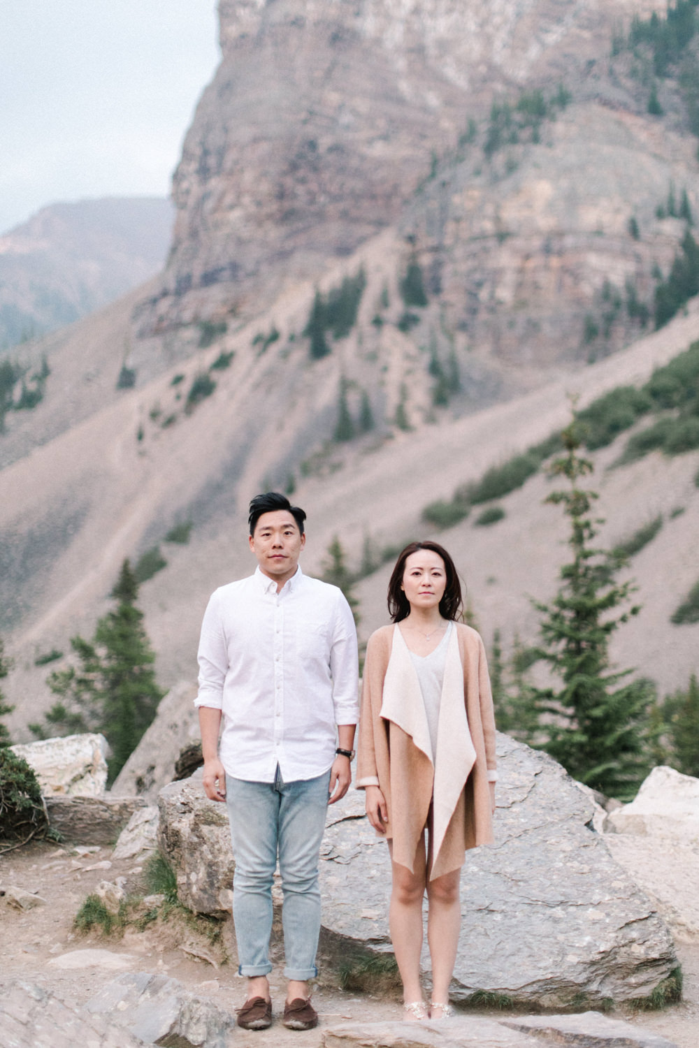 Moraine-lake-anniversary-session-hong-kong-couple-28.jpg
