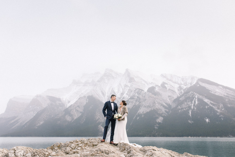Torsten-and-Nina-at-Fairmont-banff-springs-Lynn-fletcher-weddings-58.jpg