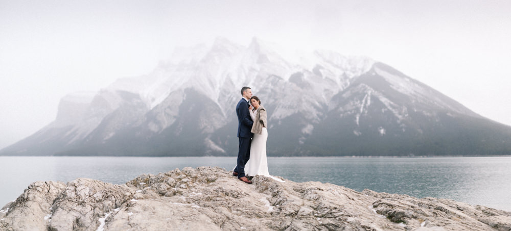 Torsten-and-Nina-at-Fairmont-banff-springs-Lynn-fletcher-weddings-64.jpg