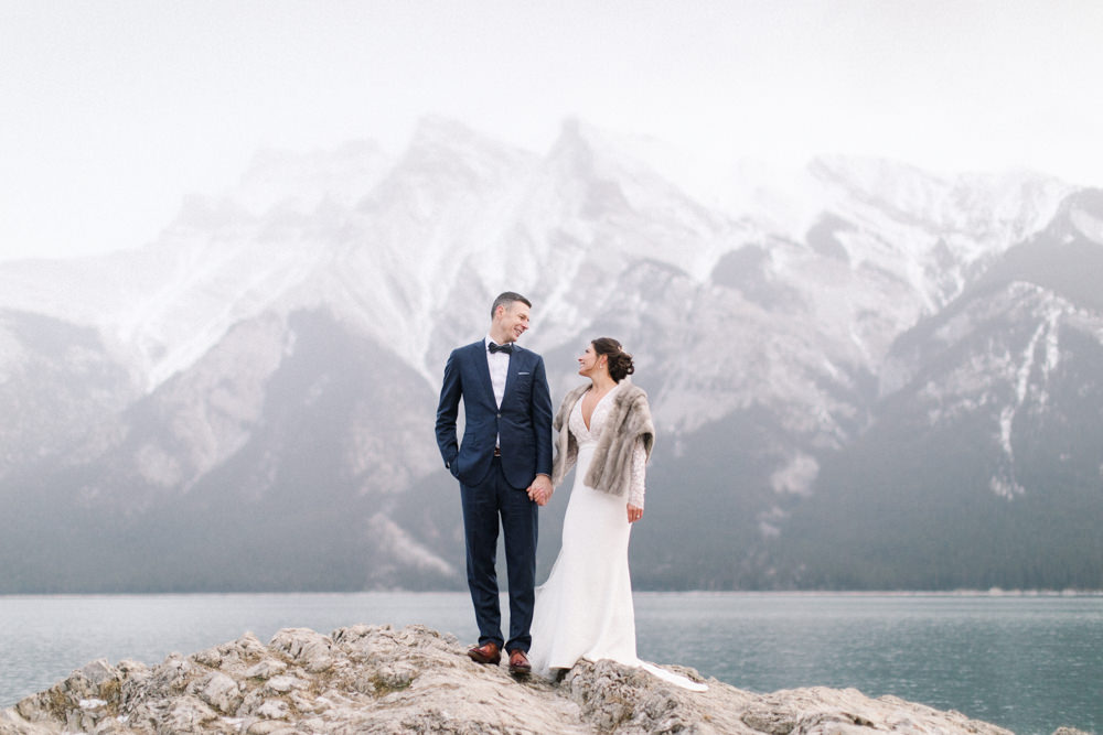 Torsten-and-Nina-at-Fairmont-banff-springs-Lynn-fletcher-weddings-66.jpg