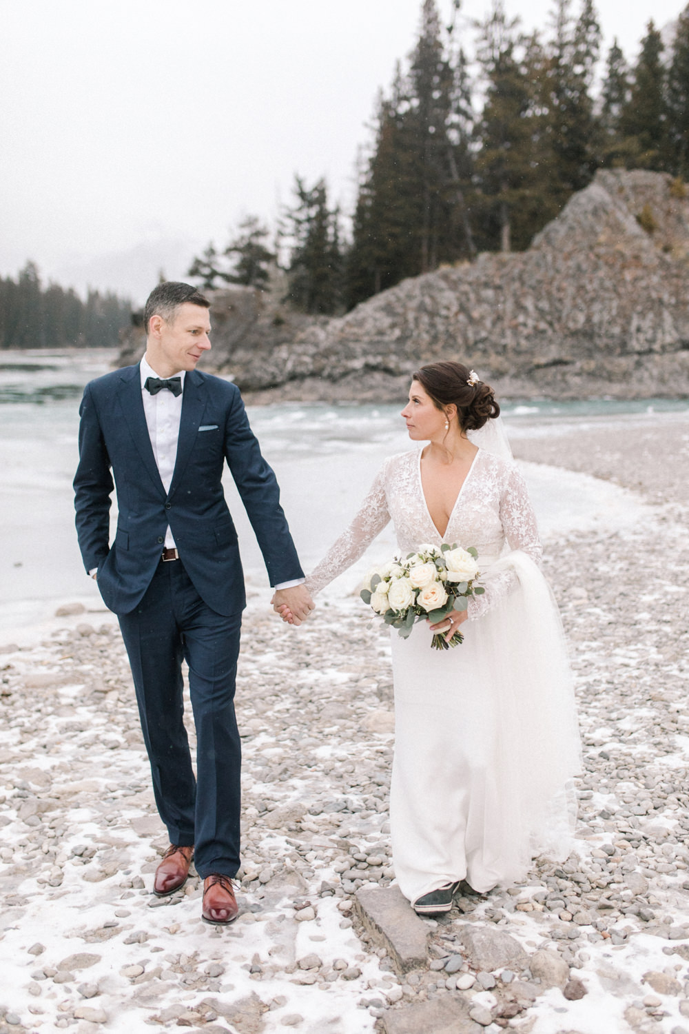 Torsten-and-Nina-at-Fairmont-banff-springs-Lynn-fletcher-weddings-87.jpg