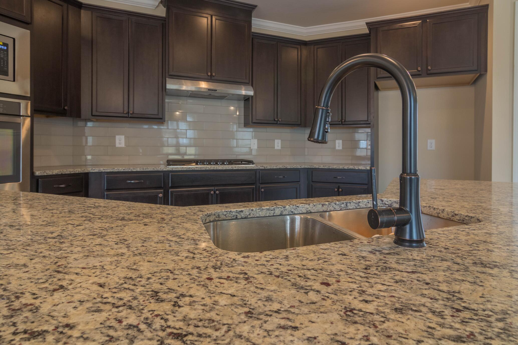 Kitchen-711.jpg