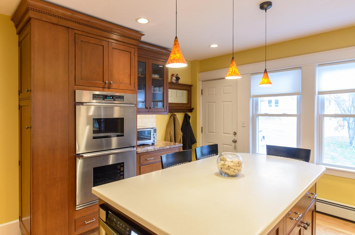 Kitchen_Associates_Leominster_MA-4.jpg