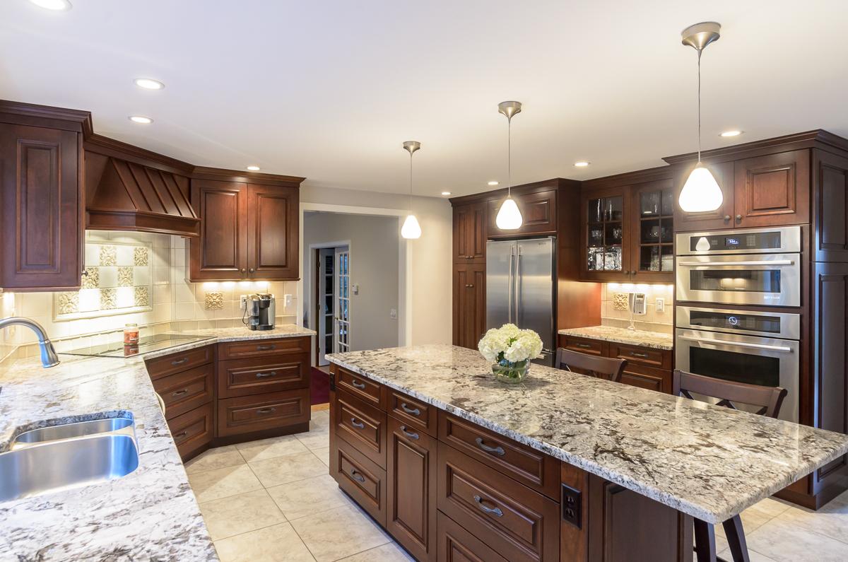 Kitchen_Associates_Boxborough_MA-2.jpg