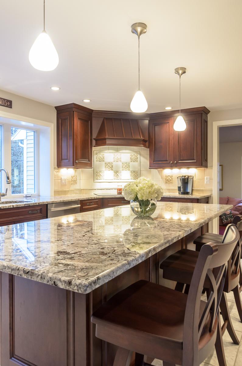 Kitchen_Associates_Boxborough_MA-8.jpg