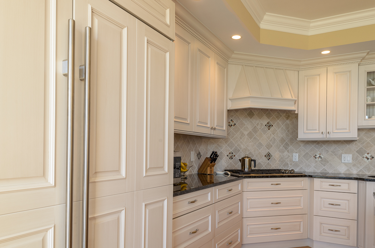 Kitchen_Associates_Andover_MA-4.jpg