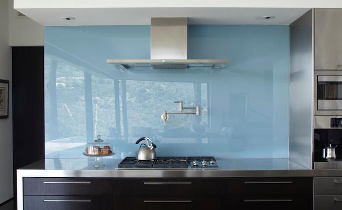 Glass Backsplash. credit: Griffin Enright Architects