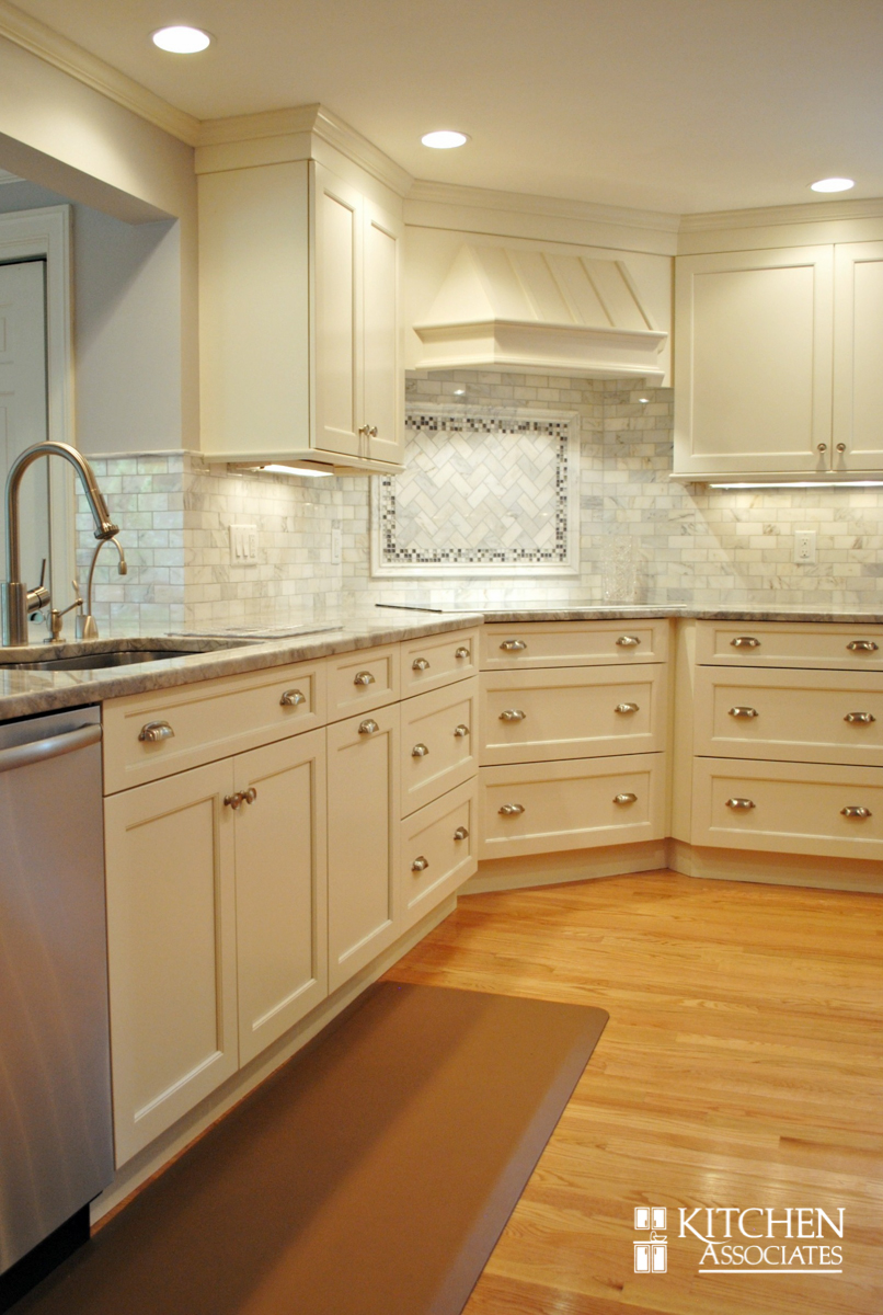 Kitchen_Associates_Remodel_Wellesley-2.jpg