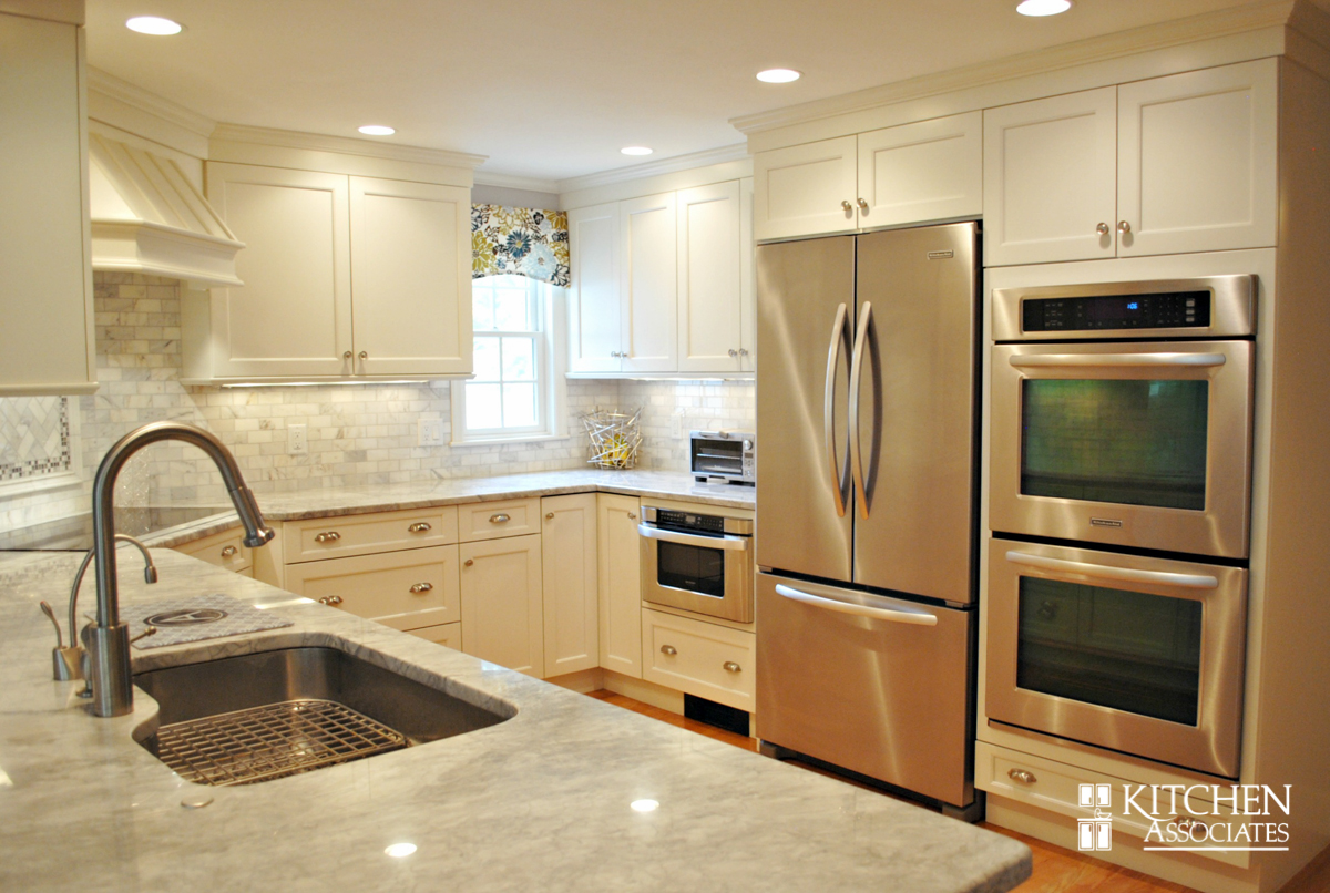 Kitchen_Associates_Remodel_Wellesley-3.jpg