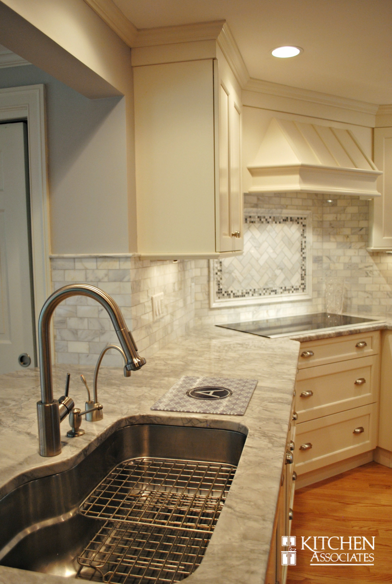 Kitchen_Associates_Remodel_Wellesley-4.jpg