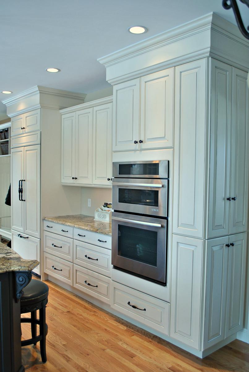 Kitchen-Remodel-Hopkinton-MA-Kitchen-Associates-4.jpg