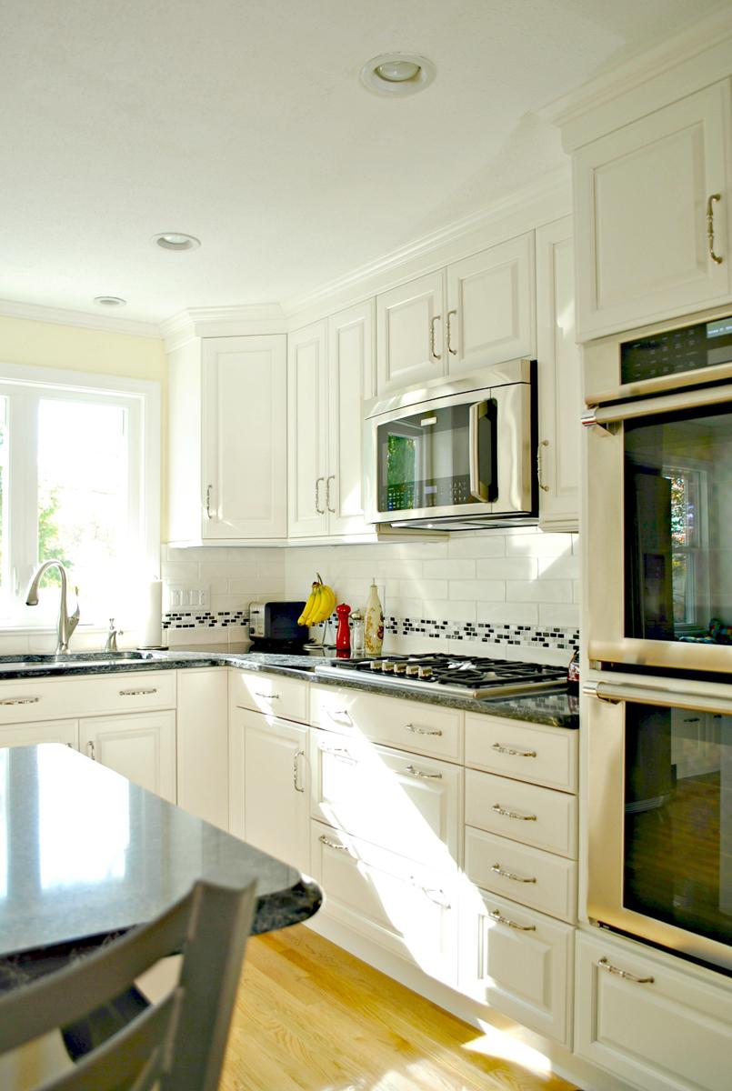 Kitchen_Remodel_Fitchburg_MA_Kitchen_Associates-4.jpg