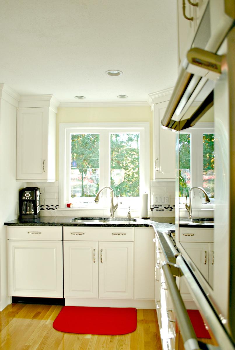 Kitchen_Remodel_Fitchburg_MA_Kitchen_Associates-11.jpg
