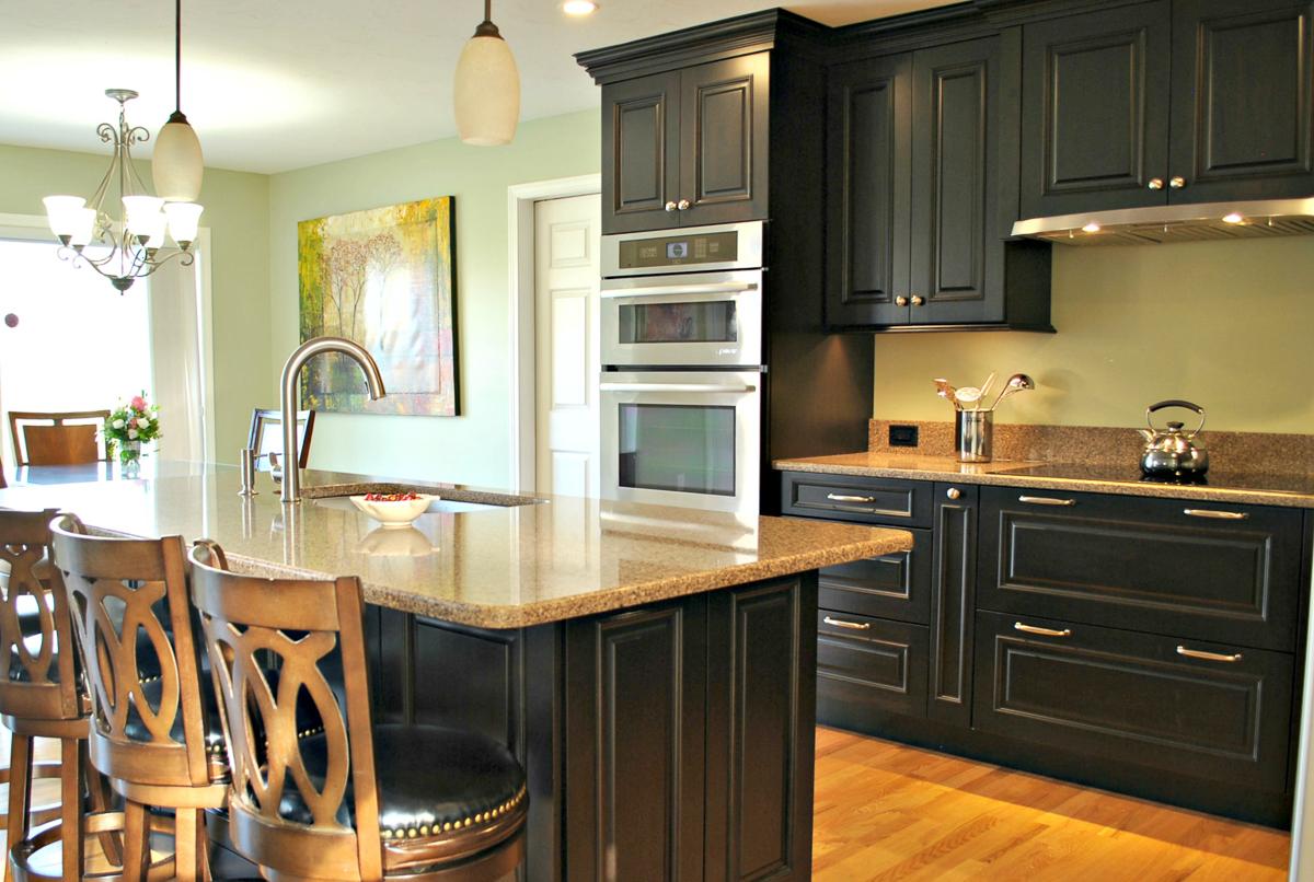 Leominster_MA_Kitchen_Remodel_Kitchen_Associates-6.jpg