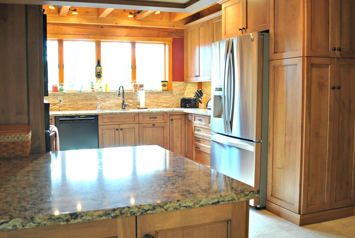 Princeton_MA_Kitchen_Remodel_Kitchen_Associates-2.jpg