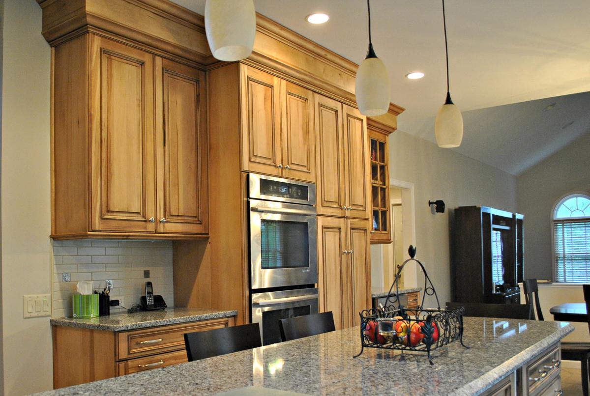 Westborough_MA_Kitchen_Remodel_Kitchen_Associates-4.jpg