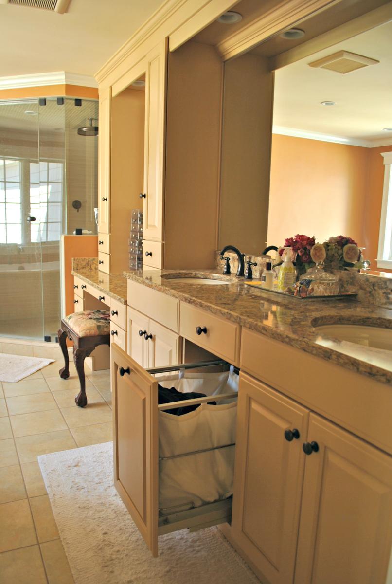 Weston_MA_Kitchen_Remodel_Kitchen_Associates-8.jpg