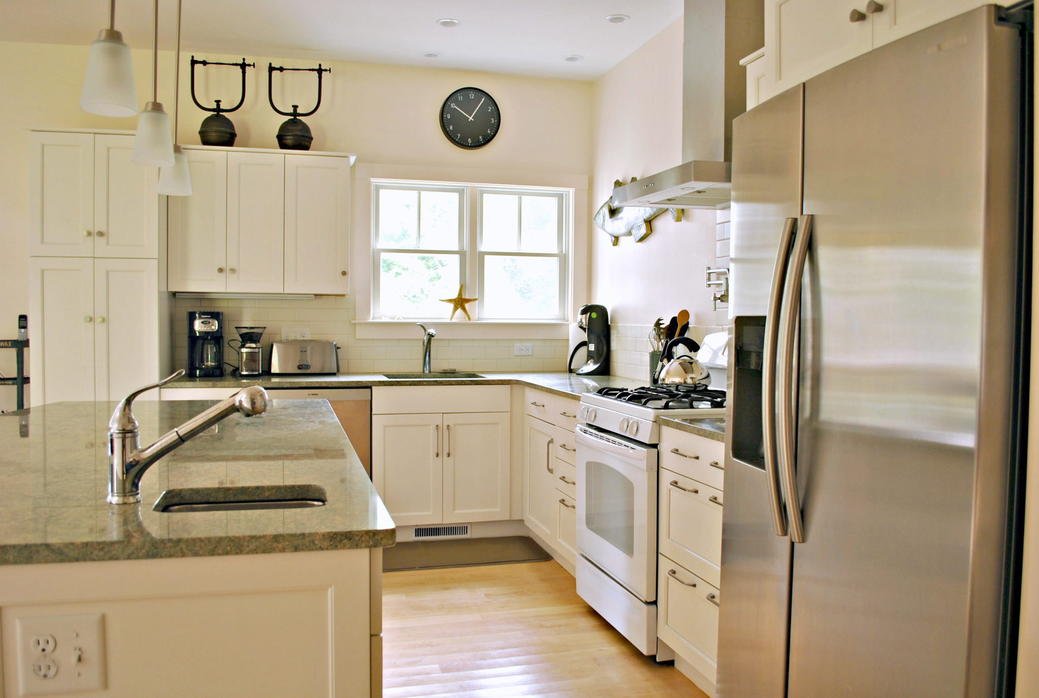 Cape_Cod_Kitchen_Remodel_Kitchen_Associates