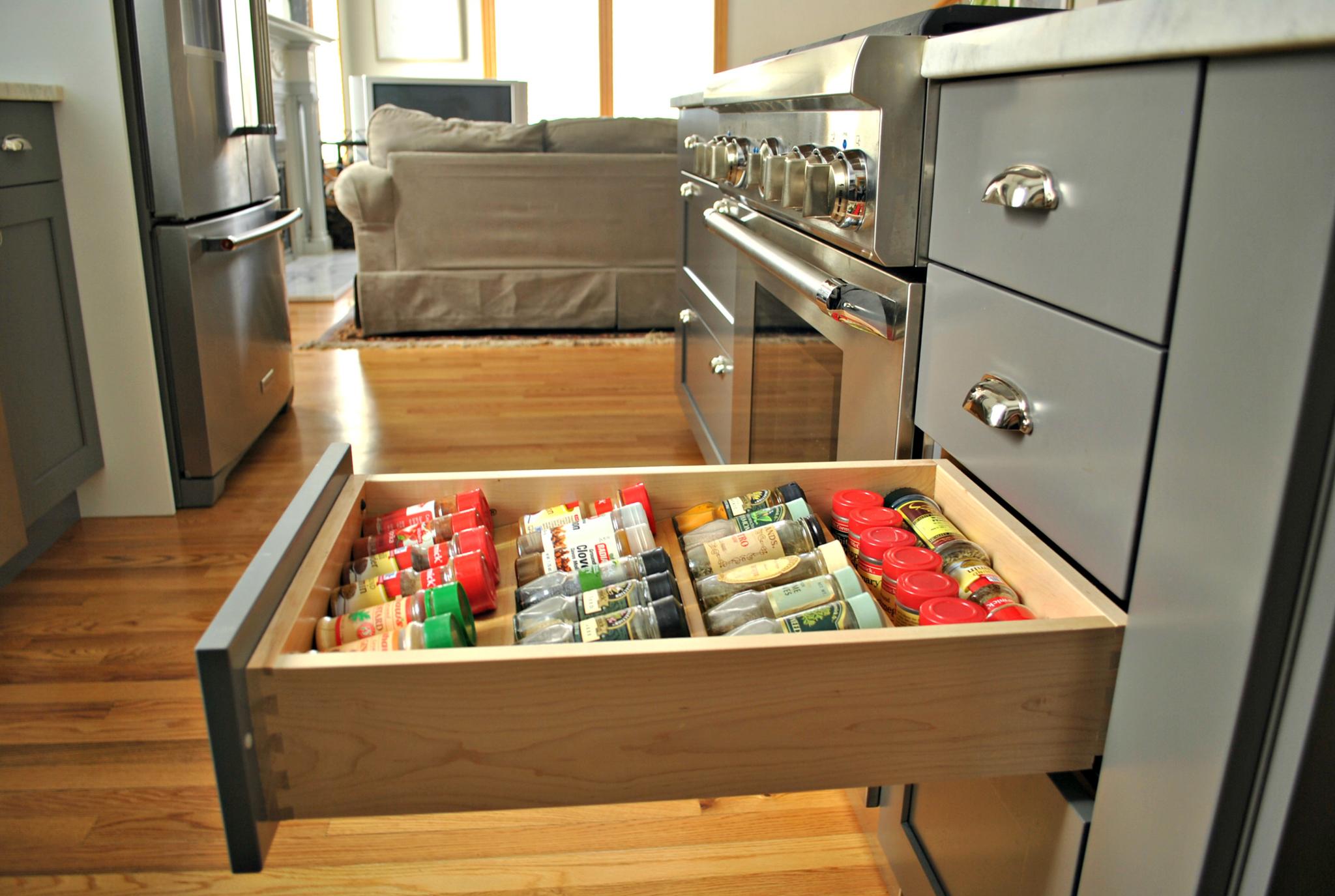 Worcester_MA_Kitchen_Remodel_Kitchen_Associates-11.jpg
