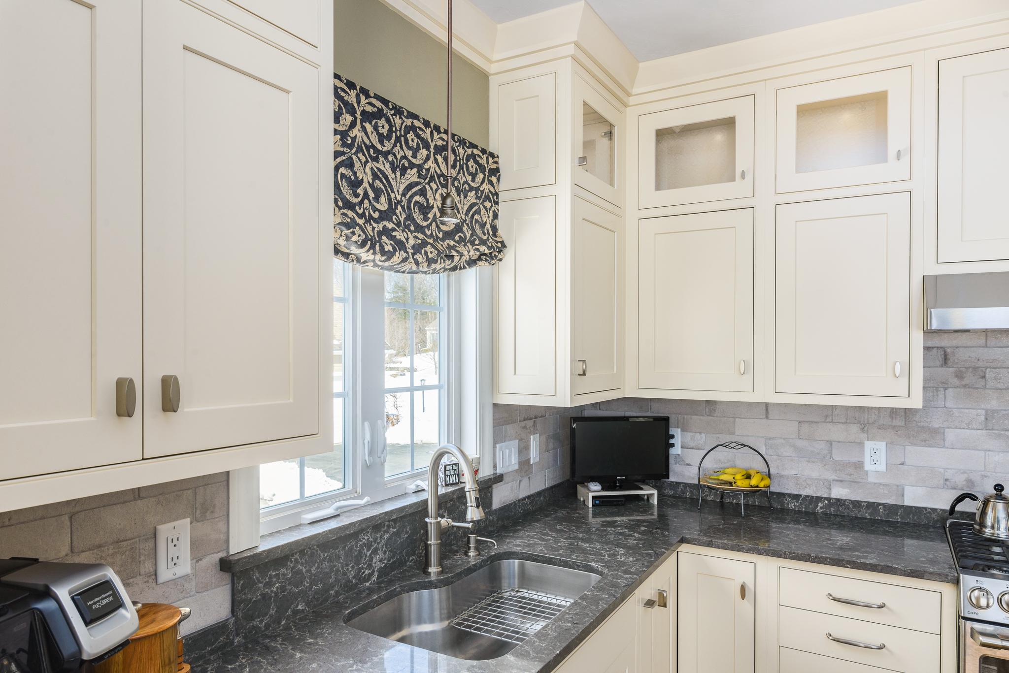 Lancaster_MA_Kitchen_Remodel_Kitchen_Associates