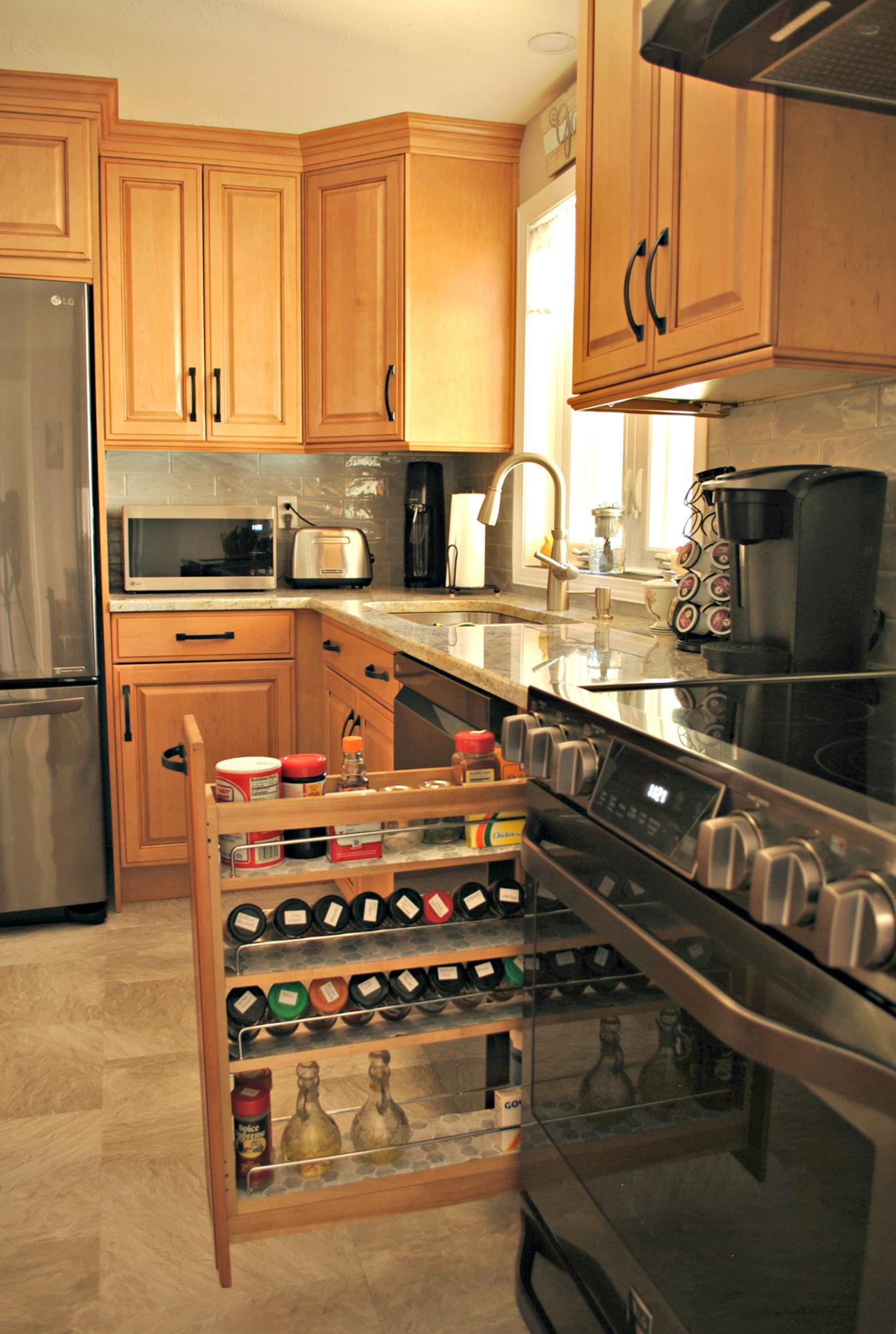 Ashburnham_MA_Kitchen_Remodel_Kitchen_Associates