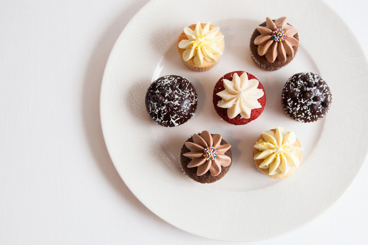Mini Cupcakes 3s.jpg