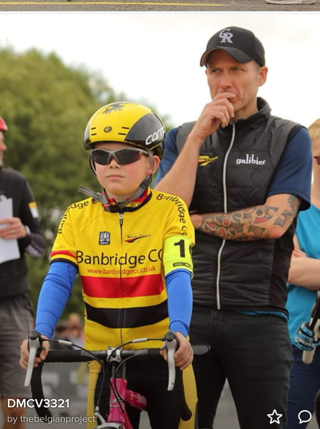 Pedro McBride offering support to Matthew McAllister.. (Photo: Belgian project)