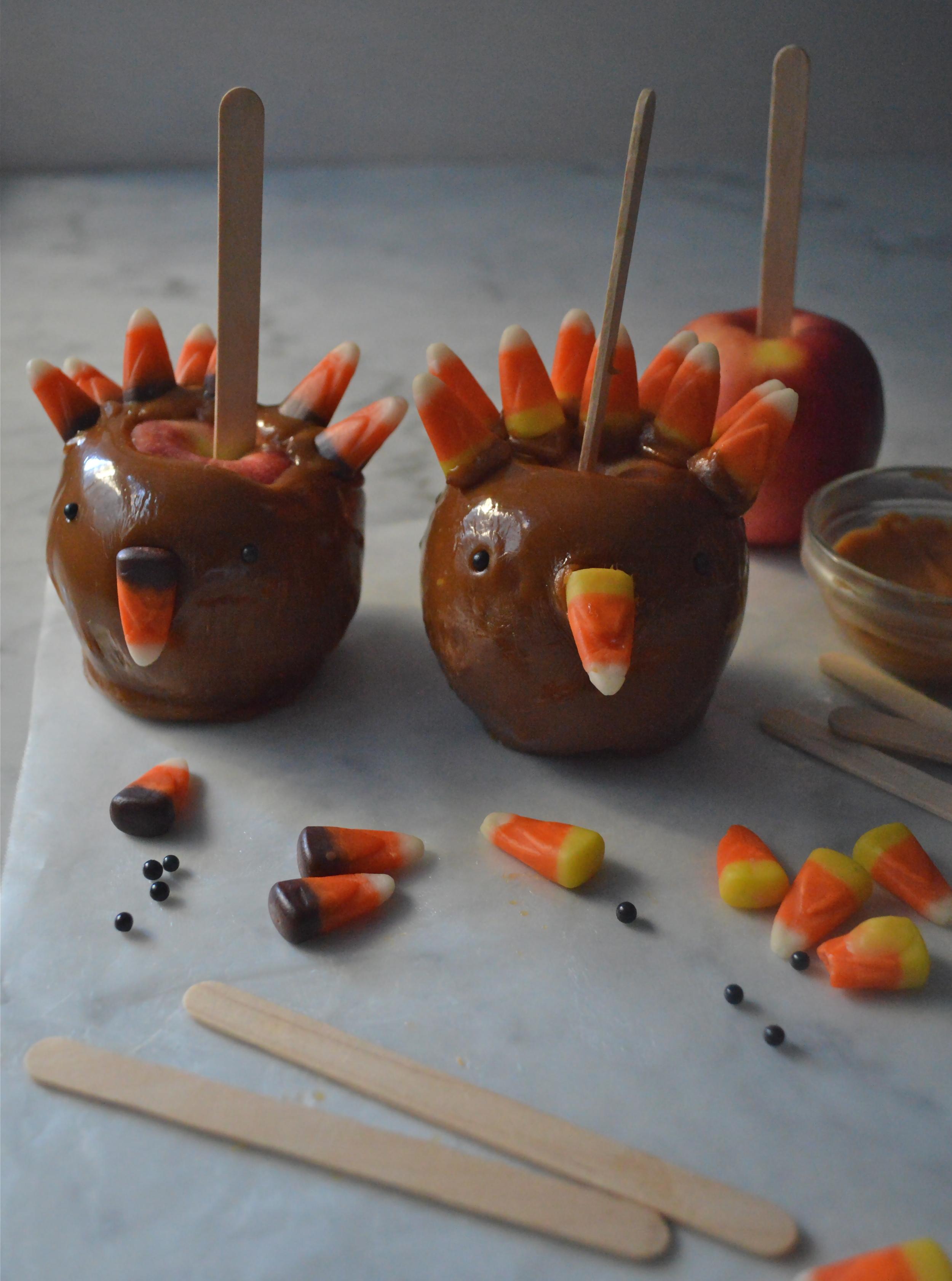 candy-aisle-crafts-caramel-apple-turkey