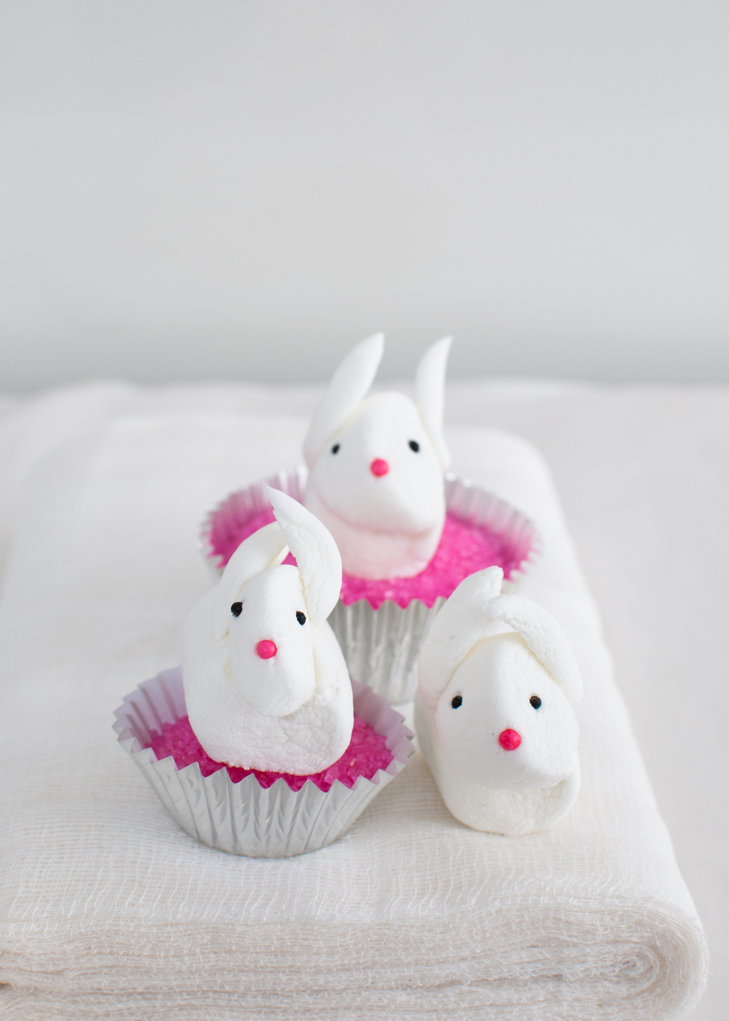marshmallow-bunnies-candy-aisle-crafts
