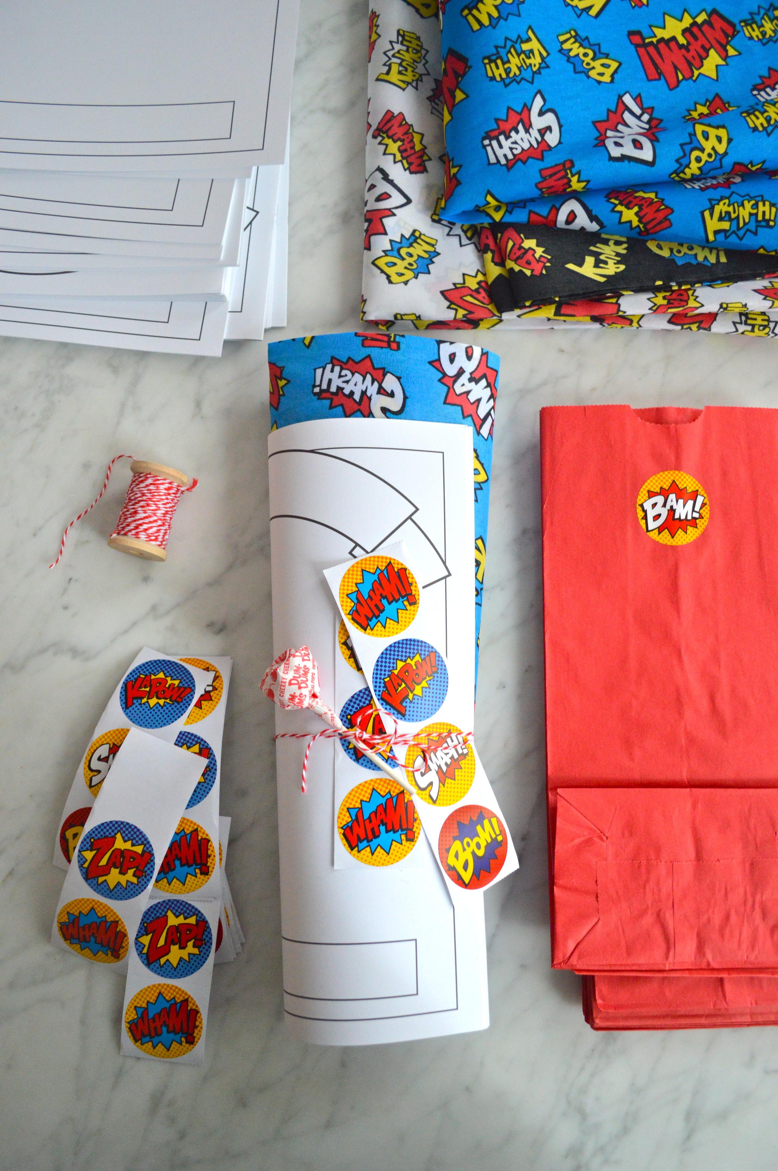 super-make-it-comic-party-favors